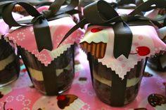mason jar cupcakes!