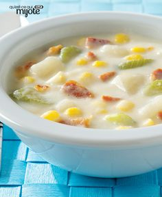 Sassy Potato Corn Chowder Recipe - Kraft Recipes-Makes 6 Servings-Each WWP+ Chowder Recipes, Soup Recipes, Cooking Recipes, What's Cooking, Recipes Dinner, Cooking Ideas, Free Recipes, Food Ideas, Kraft Recipes