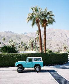 Color Photography at – Classic Cars Baby Blue Aesthetic, Beach Aesthetic, My Dream Car, Dream Cars, Dream Life, Subaru, Road Trip, Jeep Cars, Cute Cars