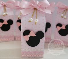Milk Box Minnie Rosa Luxo [2] | FÁBRICA DE IDÉIAS - Produtos personalizados | Elo7 Minie Mouse Party, Minnie Mouse Theme Party, Minnie Mouse 1st Birthday, Minnie Mouse Baby Shower, Minnie Mouse Pink, Mickey Party, Mouse Parties, Baby Party, Birthday Decorations