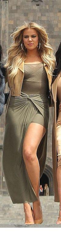 Skirt – Jaide  Shoes – Christian Louboutin  Purse – Clare V