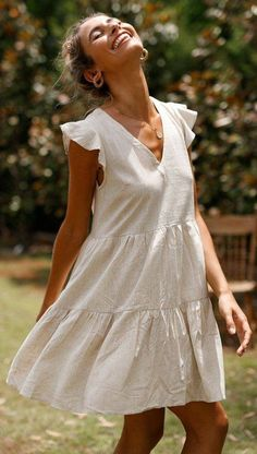 Timeless Summer Dress The post Timeless Summer Dress appeared first on ., Timeless Summer Dress The post Timeless Summer Dress appeared first on Kjole. Komplette Outfits, Casual Dress Outfits, Summer Dress Outfits, Casual Summer Dresses, Fashion Outfits, White Spring Dresses, Cotton Summer Dresses, White Dress Casual, Classy Short Dresses