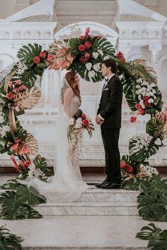 tropical wedding ceremony backdrop ideas Tropical Wedding Centerpieces, Tropical Wedding Decor, Floral Wedding, Wedding Flowers, Tropical Weddings, Flower Centerpieces, Botanical Wedding Theme, Flower Arrangements, Wedding Bouquets