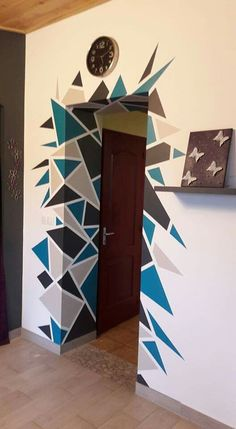 20 Budget Friendly DIY Home Decor Projects - World inside pictures Geometric Wall Paint, Geometric Decor, Bedroom Wall Designs, Bedroom Decor, Wall Painting Decor, Creative Wall Painting, Tape Painting, Paint Designs, Wall Murals