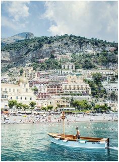 London, Venice, Bologna, Capri, Ravello, Positano. This post will make you want to travel. Epic scroll thru beautiful pics (What Katie Ate)