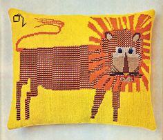 ETSY Find - 50s Needlepoint Lion Pillow pdf Pattern