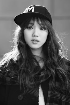 Lee Sung-kyung 이성경 (born August is a South Korean model and actress. She is known for her roles in different dramas such as It's Okay, That's Love Cheese in theTrap Doctors Korean Actresses, Korean Actors, Actors & Actresses, Korean Beauty, Asian Beauty, Korean Girl, Asian Girl, Jong Hyuk, Swag Couples
