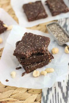 10 Easy Hiking Snacks and Backpacking Food To Make - 10 Easy Hiking Snacks and . - 10 Easy Hiking Snacks and Backpacking Food To Make – 10 Easy Hiking Snacks and Backpacking Food - Diy Protein Bars, Protein Bar Recipes, Healthy Bars, Healthy Sweets, Healthy Baking, Raw Food Recipes, Baking Recipes, Snack Recipes, Dessert Recipes