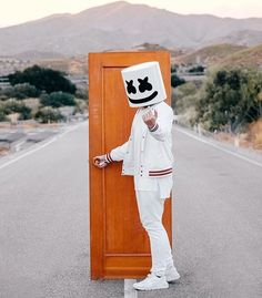 When One Door Closes Another One Opens Hacker Wallpaper, Iphone Wallpaper, Dj Alan Walker, Dj Marshmello, Marshmello Wallpapers, Nothing But The Beat, Adele Songs, Best Dj, Edm Festival