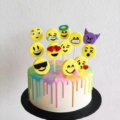 Emoji x rainbow drip cake. 10 Birthday Cake, 14th Birthday, Emoji Cake, Salty Cake, Drip Cakes, Themed Cakes, Cake Designs, Cupcake Cakes, Cake Decorating