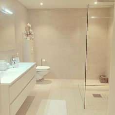Our bathroom #millivilla #interior #interiør #interior123 #interior4you #dagensinteriør #home #homedecor #homestyle #homedecoration #bath #bathroom #bademiljø #baderom @shabbyyhomes