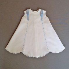Vestido piqué blanco y azul