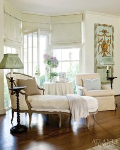 Love the chaise and beautiful trumeau. My Living Room, Living Area, Living Spaces, House Of Beauty, Chaise Lounges, Atlanta Homes, Life Design, Traditional House, Traditional Interior