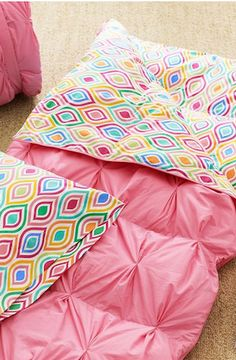 Such a pretty sleeping bag  http://rstyle.me/n/d7ggbnyg6