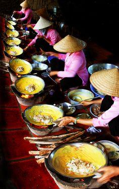 Bánh xèo miền Tây, Vietnam