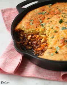Cornbread Tamale Pie Iron Skillet Recipes, One Skillet Meals, Cast Iron Recipes, Easy Casserole Recipes, One Pot Meals, Electric Skillet Meals, Skillet Food, Tamale Recipe, Tamale Pie
