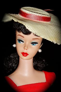 Gorgeous Brunette #5 with Red Lucy Lips... I LOVE the hat!