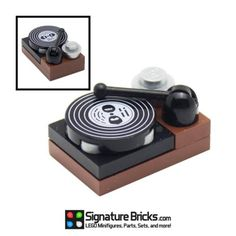 LEGO-Vinyl-Record-Player-for-Minifigures-Music