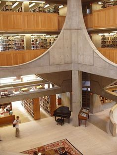 School Libraries - The Phillips Exeter Academy Library in Exeter, New Hampshire.