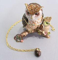 New Trinket Box Gift Painted Swarovski Crystals Ms. Owl and Owlet Bird Animal