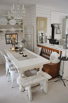 Surprising gathered shabby chic dining room decor click over here now Shabby Chic Dining Room, Shabby Chic Kitchen, Shabby Chic Furniture, Shabby Chic Decor, Kitchen Decor, Kitchen Country, Comedor Shabby Chic, Shabby Chic Zimmer, Sweet Home