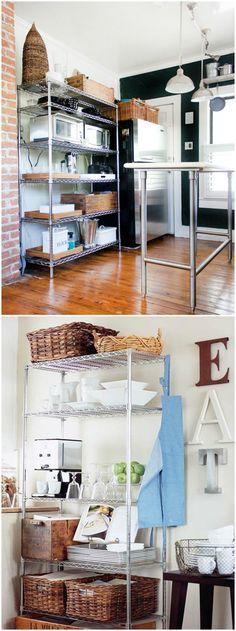 Kitchen Shelves, Kitchen Decor, Interior Design Living Room, Living Room Decor, Small Appartment, Cool Apartments, Apartment Kitchen, Dining Room Design, Interiores Design