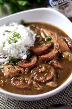 cajun and creole recipes Authentic Creole Chicken and Sausage gumbo recipe! Complete with a step by step tutorial on making a robust, homemade roux. Cajun Recipes, Sausage Recipes, Chicken Recipes, Cooking Recipes, Gumbo Recipes, Louisiana Recipes, Cajun Gumbo Recipe, Best Gumbo Recipe, Haitian Recipes