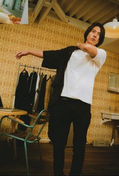 Nct Johnny, How To Look Better, Actors, Celebrities, Pants, Handsome Guys, House 2, Dramas, Women