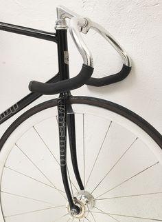 Alexs track bike, by Bishop Bikes