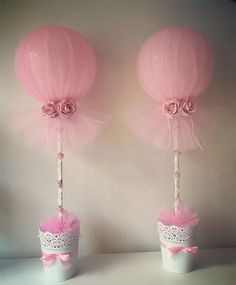 Balloon and Tulle Centerpieces