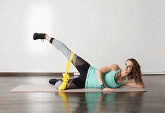 Estos creativos ejervicios, han sido diseñados por Katia Pryce para DanceBody, y consiguen hacer trabajar los muslos de una manera que no sabíamos que fuera posible. Como se dará cuenta, la cantidad de repeticiones para cada movimiento es bastante alta, ya que están diseñados para fatigar los músculos de cada pierna. Esta también es la razón por la que no debe cambiar de lado después de cada ejercicio. Usted puede hacer todos los movimientos utilizando sólo el peso del cuerpo, pero asegúrese…