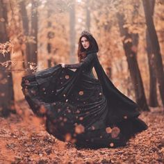 Gothic Photography, Halloween Photography, Autumn Photography, Creative Photography, Portrait Photography, Witch Wedding, Gothic Wedding, Dark Beauty, Gothic Beauty