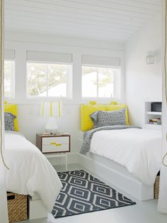 Contemporary Bedroom Small Bedroom Design, Pictures, Remodel, Decor and Ideas - page 8