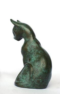 sculpture bronze chat oriental par Véronique de Saint Vaulry année 2003 11,5 x 9,5 x 7 cm Prix indicatif 600 € au 15/06/2010 (épreuve 6/8)