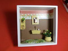 Nicho para banheiro ou lavabo, feito em madeira MDF, pintado com tinta PVA, miniaturas de mdf, pintadas à mão.Nicho encerado e com vidros de proteção. R$ 50,00