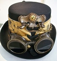 Wish we could go steampunk with the inventor costumes for the holiday club - Steampunk Inventor Hat SOLD! What Is Steampunk, Mode Steampunk, Steampunk Top Hat, Steampunk Design, Steampunk Costume, Steampunk Clothing, Steampunk Fashion, Steampunk Weapons, Renaissance