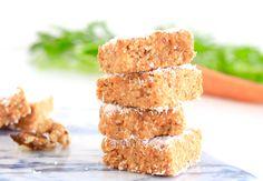 Gezonde no bake carrot cake squares