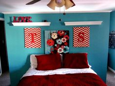 Red And Turquoise Hhhmm Could I Make That Crazy Teal Bedroom Work With S Rooms Pinterest Bedrooms Room