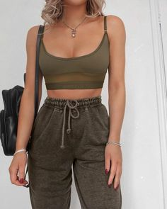 New Cute Outfits and Cool Fashion Look Ideas Of Popular Wear – New Cute Outfits … - sweatshirt fashion Cute Comfy Outfits, Lazy Outfits, Sporty Outfits, College Outfits, Trendy Outfits, Summer Outfits, Summer Clothes, Fashion Looks, Girl Fashion