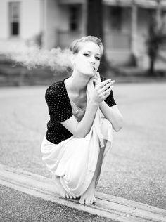 #sexy #smoking #barefoot