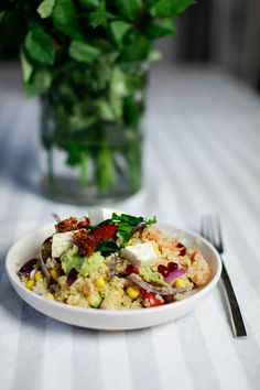 4 Weeks of Fitness - 15 Minuten Quinoa Salat - Berries & Passion