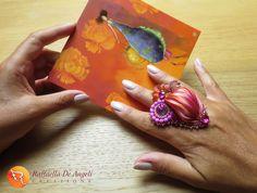 METTERSI IN GIOCO Con l'utilizzo di materiali insoliti, per esempio. Ho usato la #seta #shibori per due anelli: oggi vi presento il primo, cui ho dato il nome di #Panarea. Domani vi mostrerò #Lipari. Cosa ne pensate?  www.raffaelladeangeli.it  #RaffaellaDeAngeli #ProdottoUnico #MadeInITALY #FattoAMano #ArtigianiItaliani #Torino #Handmade #jewelry #beads #handcraft #bijoux #rivoli #gioielli #ring #shiborisilk #Accessories