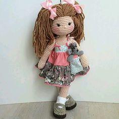 Muñeca amigurumi