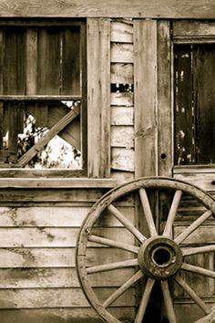 Wood Wheel iPhone Wallpaper