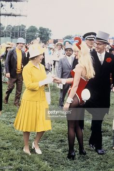 Great Britain, The Queen Elizabeth Ii At The Epsom Derby On 1978, June 7Th  (Photo by Keystone-France/Gamma-Keystone via Getty Images)