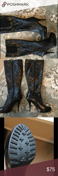 🅾️FFER? Guess size 8.5 leather boots NWOT Gorgeous boots, soft leather, zip up, metal detail as shown in picture.  Perfect for night out!! Guess Shoes Heeled Boots