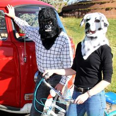 Here's to all our furry friends. Happy World Animal Day! #laughwithelope #worldanimalday #mask #costumes #cosplay #halloween #mouthmover #dalmatian #gorilla #sharelaughter #wearhappiness #everydaycosplayer #lifestylephotography  http://ift.tt/2xf1iAV