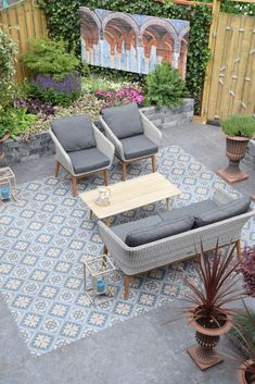 Terrace Tiles, Garden Tiles, Patio Tiles, Outdoor Tiles, Outdoor Flooring, Patio Design, Tile Design, Ideas Terraza, Porch Tile
