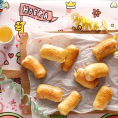 Brabantse mini-worstenbroodjes Productfoto ID Shot High Tea, 20 Min, Chips, Mini, Lunch, Snacks, Ethnic Recipes, Ham Recipes, Simply Recipes