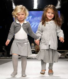Children present fashion from the fall